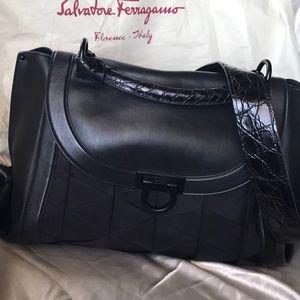 Salvatore Ferragamo crossbody/handle handbag